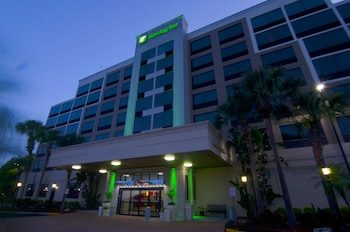 奧蘭多東智選假日套房飯店 Holiday Inn Orlando East - UCF Area