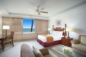 Suite, 1 King Bed, Oceanfront