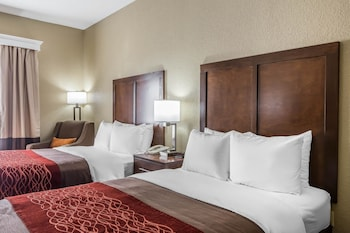 Kingsport Vacations - Comfort Inn South Kingsport - Property Image 1