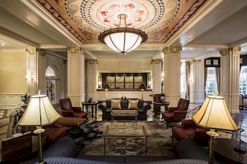 Lobby Lounge at Warwick Melrose Dallas in Dallas