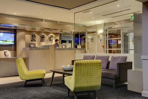 . Best Western Manchester Altrincham Cresta Court Hotel
