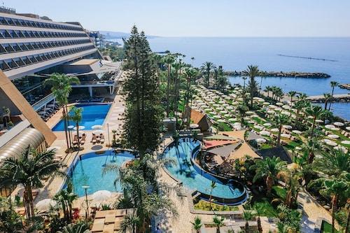 . Amathus Beach Hotel Limassol