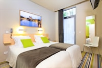 Double or Twin Room, Courtyard View (Glasgow)