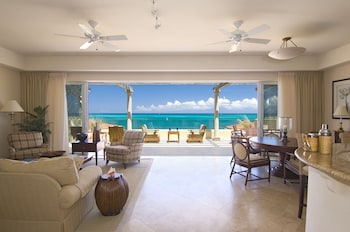 Penthouse, 4 Bedrooms, Oceanfront (Villas Grace Bay)