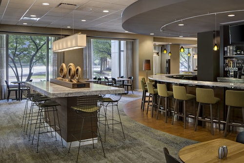. Courtyard by Marriott Downtown Grand Rapids