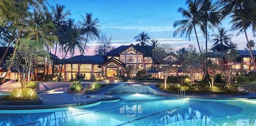 . Dusit Thani Laguna Phuket