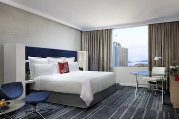 Premium Room, 1 King Bed, Non Smoking, City View