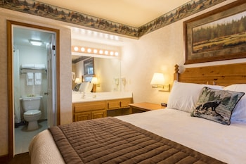 Condo, 1 Bedroom (2 Bath LakeView, Non-AC)
