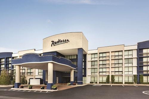 __{offers.Best_flights}__ Radisson Hotel Lenexa Overland Park