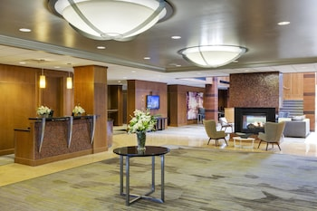 Hotel - Courtyard by Marriott Boston Logan Airport