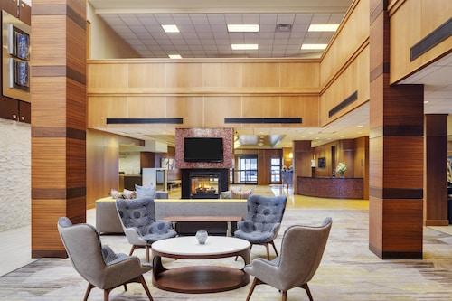 __{offers.Best_flights}__ Courtyard by Marriott Boston Logan Airport