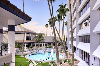 Hotel - Delta Hotels by Marriott Phoenix Mesa