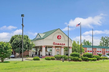 Hotel - Ramada by Wyndham Rock Hill