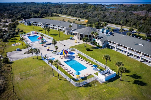 . Days Inn & Suites by Wyndham Jekyll Island