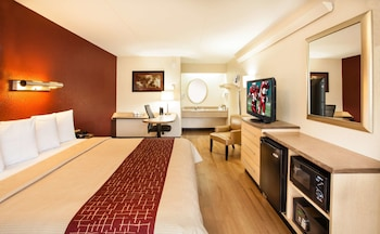 Superior Room, 1 King Bed (Smoke-Free)