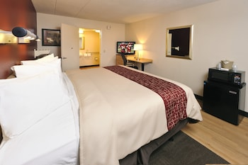Superior Room, 1 King Bed, Accessible (Smoke Free)