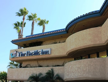 Hotel - The Pacific Inn