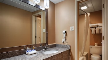 Best Western Conway - Bathroom  - #0