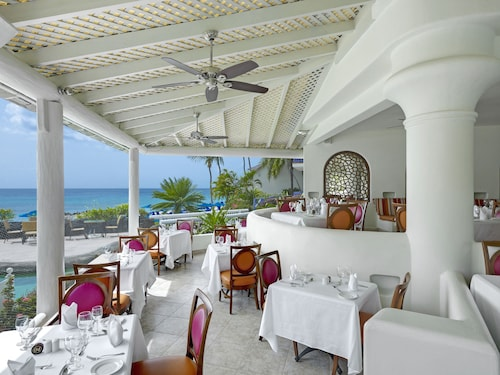 Crystal Cove by Elegant Hotels All Inclusive Resort,