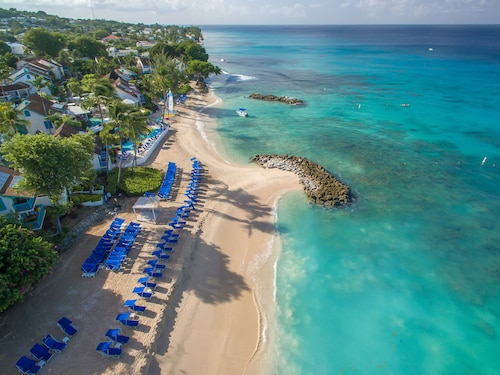 . Crystal Cove by Elegant Hotels All Inclusive Resort