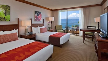 Room, Multiple Beds, Oceanfront (Club Access, 1 Queen and 1 Double)