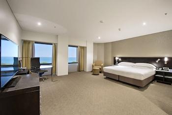 達爾文皇冠假日飯店