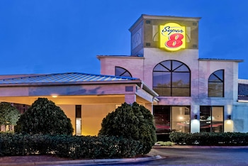 Hotel - Super 8 by Wyndham Huntersville/Charlotte Area