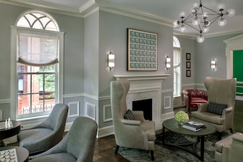 Lobby Lounge at Morrison House Old Town Alexandria, Autograph Collection in Alexandria