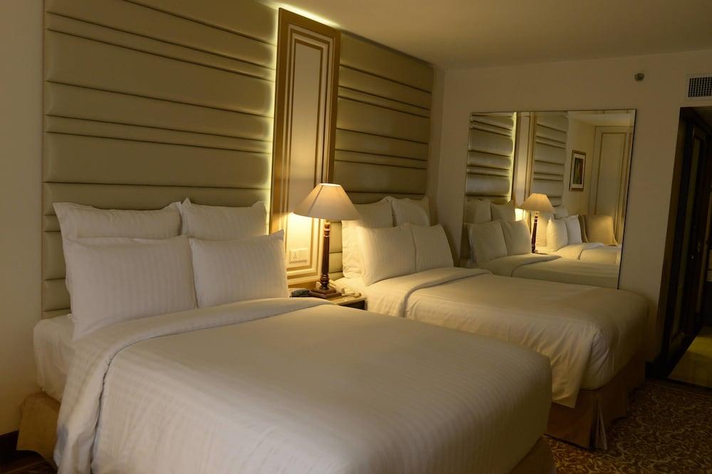 메리어트 카라치 호텔