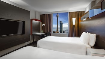 Room, 2 Double Beds (CN Tower View, High Floor)