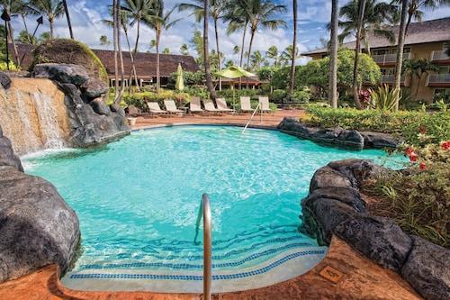 . Kauai Coast at the Beachboy