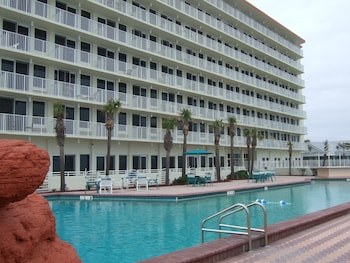 Hotel - Harbour Beach Oceanfront Resort