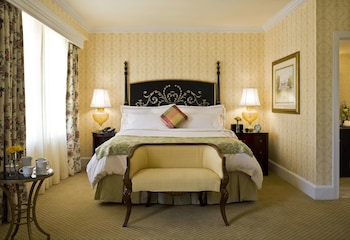 Deluxe Room, 1 King Bed (Interior Grand)