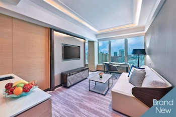 Tower Cityview Suite