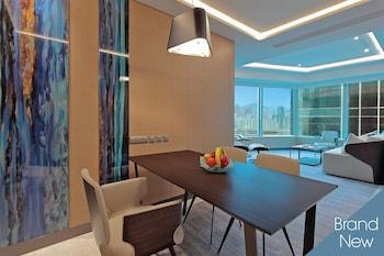 Tower Premium Cityview Suite