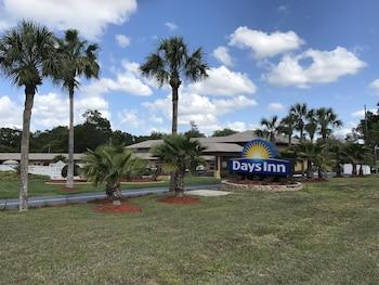 橙鎮德蘭溫德姆戴斯飯店 Days Inn by Wyndham Orange City/Deland