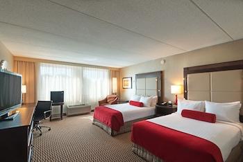 Room, 2 Queen Beds, Non Smoking, Executive Level