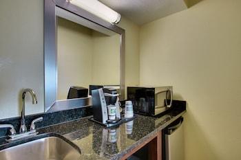 Room, 1 Bedroom, Non Smoking (Exterior Corridor)