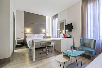 Suite (Extra Bed 2 adults + 1 child)