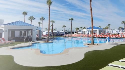 Westgate Las Vegas Resort & Casino image 21