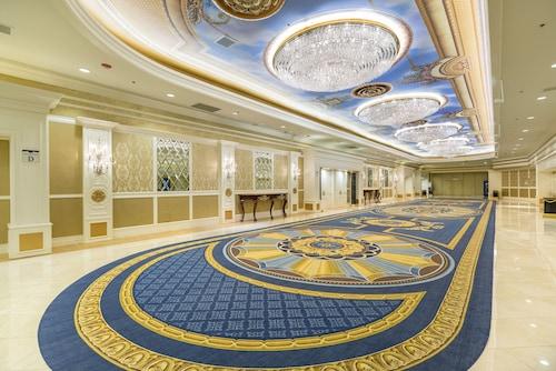 Westgate Las Vegas Resort & Casino image 39