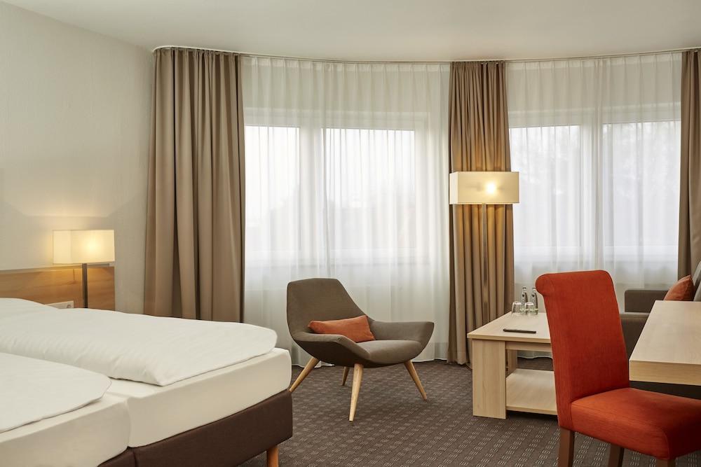 H+ 호텔 다름슈타트(H+ Hotel Darmstadt) Hotel Image 7 - Guestroom