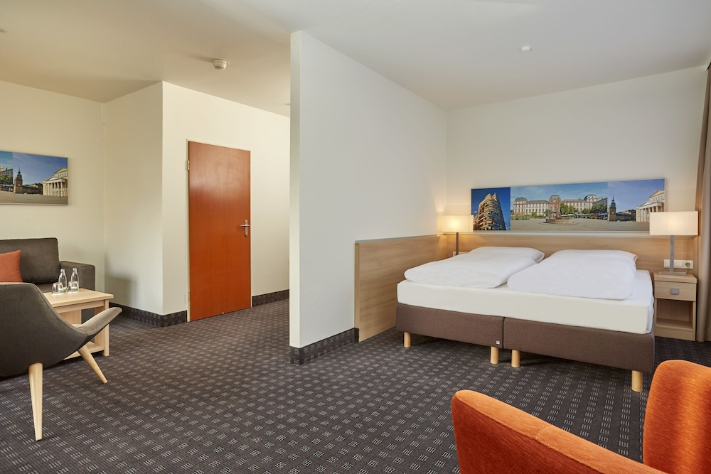 H+ 호텔 다름슈타트(H+ Hotel Darmstadt) Hotel Image 8 - Guestroom