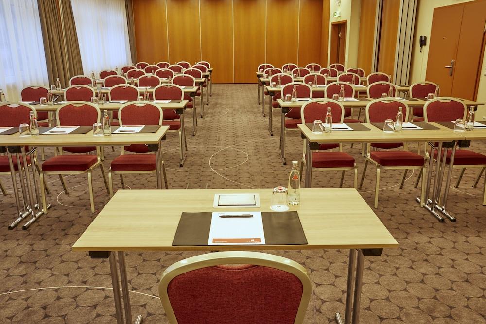 H+ 호텔 다름슈타트(H+ Hotel Darmstadt) Hotel Image 46 - Meeting Facility