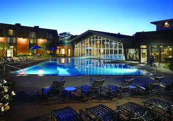 Hotel - Pheasant Run Resort