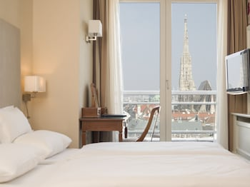 Double Room (St. Stephen's cathedral view)