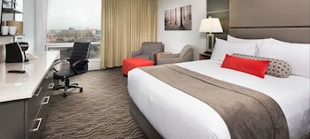Premium Room, 1 King Bed (Breakfast up to 2 people)