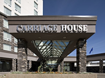 Carriage House Inn Calgary