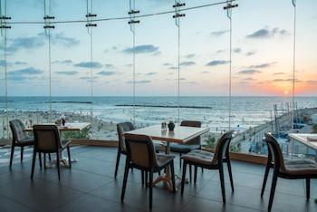 Herods Hotel Tel Aviv by the B..