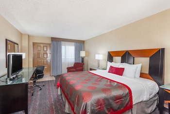 Hotel - Ramada by Wyndham San Diego National City